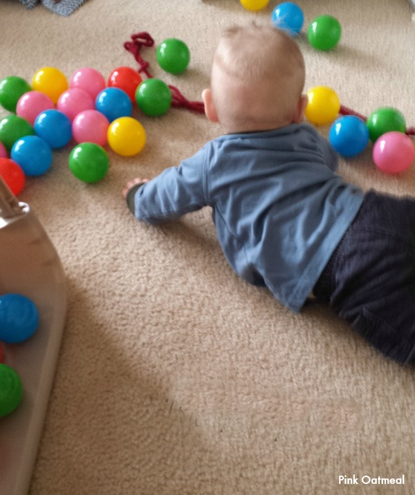 ball pit play - Pink oatmeal