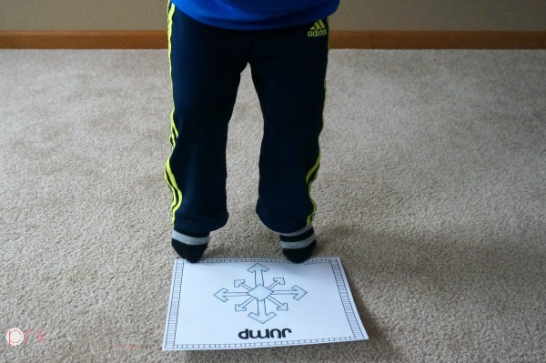 Winter Gross Motor –Snowflake Hop A fun way to get the kids moving with a St. Patrick's Day theme! I'm using this all Winter!