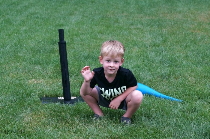 Baseball themed activities! This one is the best for baseball themed games, gross motor, or a brain break. Use these baseball themed brain breaks in the classroom, for preschool gross motor, PT, OT, SLP or at home. The kids LOVE the baseball theme. Such great ideas for World Series gross motor and World Series games too!